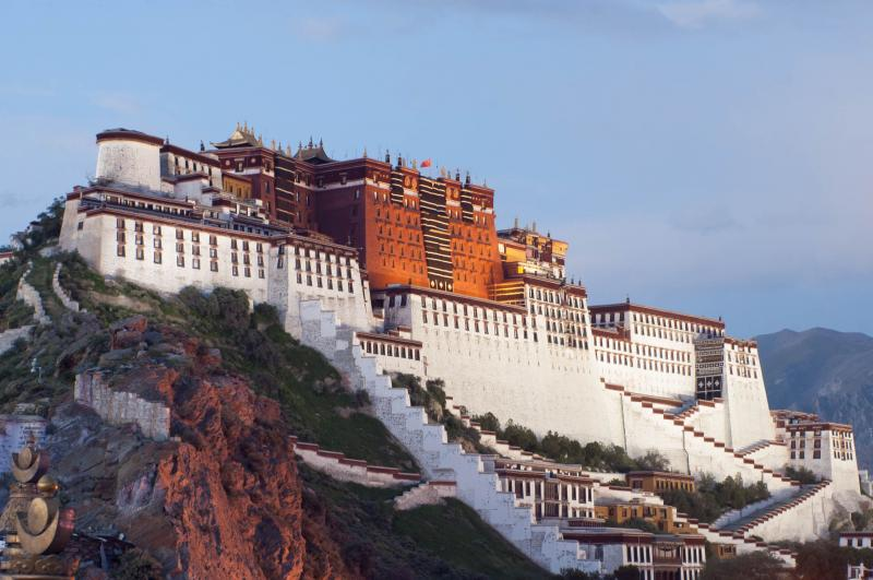 Private 13 Days Wild China Tour Package