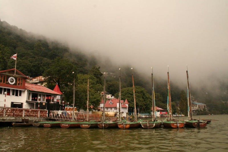 Delhi - Nainital - Delhi Honeymoon Tour Package