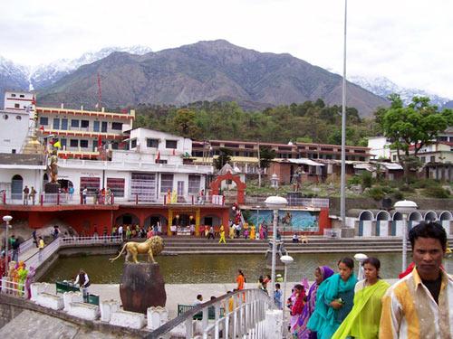 Chintpurni - Kangra - Chamunda Devi - Jwalaji - Naina Devi Tour Package