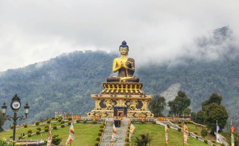 Sikkim - Rabongla Khechuperi Trek Tour