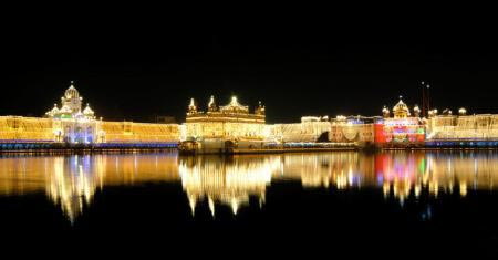 Car Rental Package: Punjab Gurudwara Tour - 5 Days And 4 Nights
