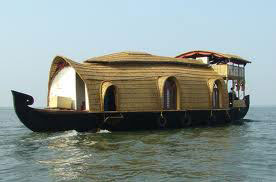 Cochin - Munnar - Thekkady - Kumarakom (Houseboat) Tour
