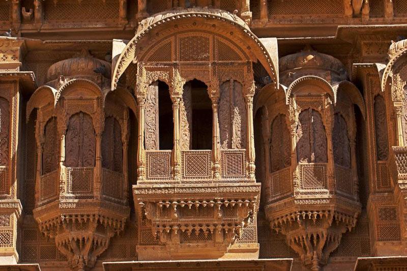 Rajasthan Forts & Havelis Tour