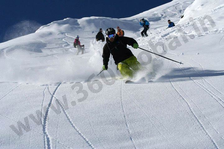 Ski Tour In Kashmir