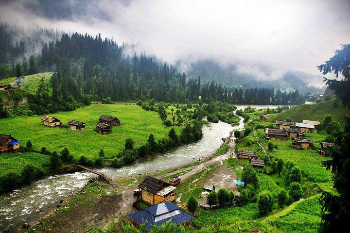 The Golden Triangle & Kashmir Valley Tour