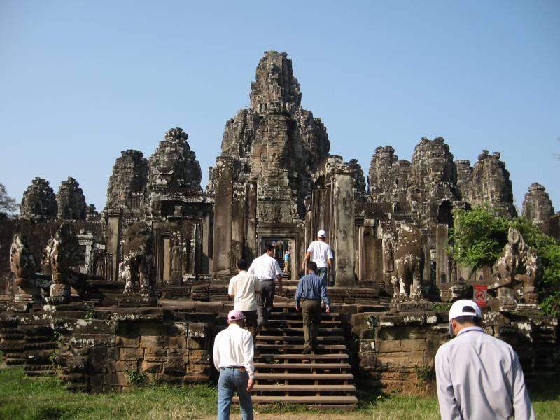 Vietnam With Cambodia 8 Nights 9 Days Tour