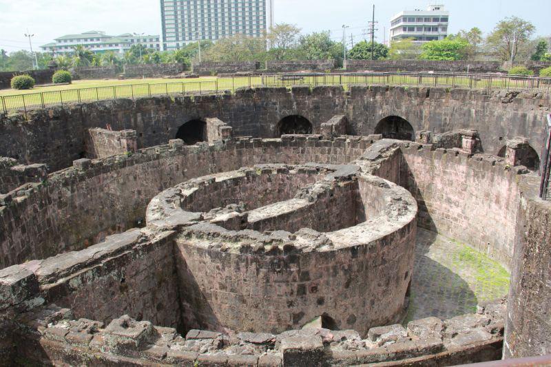 Intramuros - Old Manila Tour