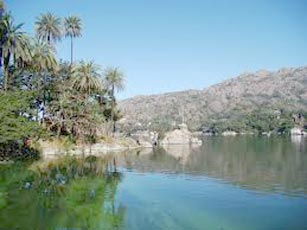Short Escape To Mount Abu Tour
