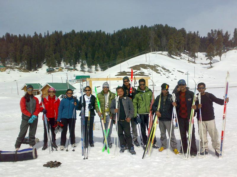 Skiing Tour To Western Himalayas & Manali