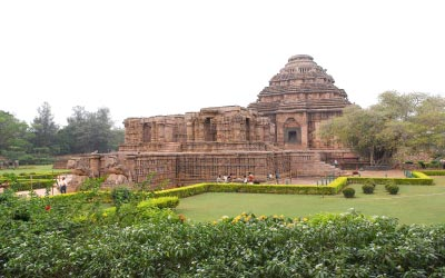 Puri - Konark - Chilika - Bhubaneswar Tour- 4 Days 3 Nights