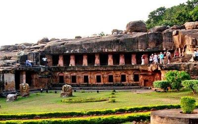 Puri - Konark - Chilika - Sakhigopal - Bhubaneswar Tour - 5 Days 4 Nights
