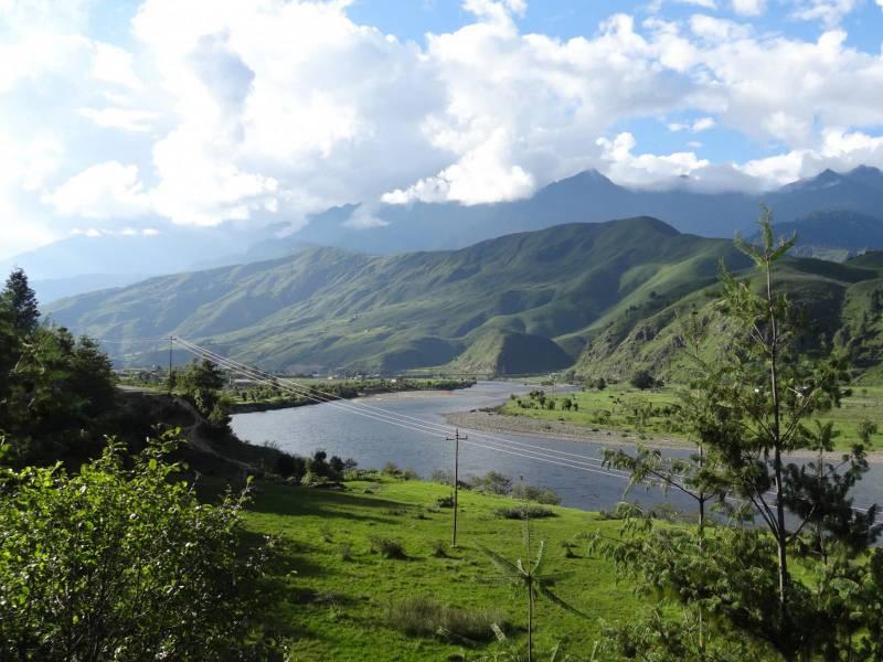 Guwahati-Kaziranga-Sivasagar-Namphake-Guwahati Tour