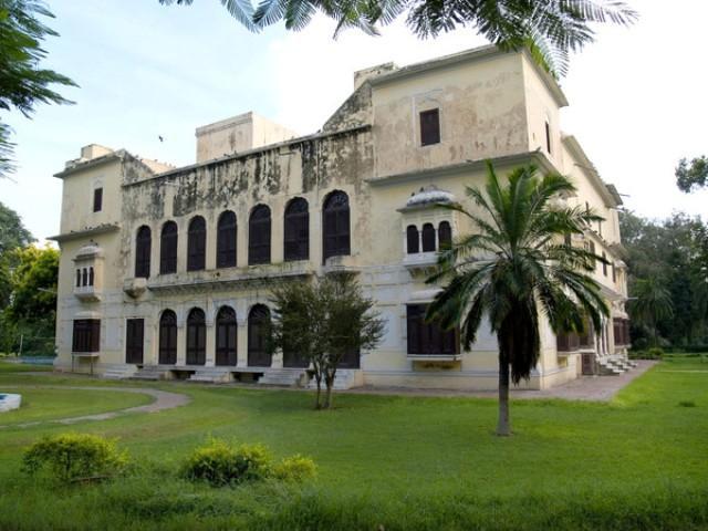 Historical Gurdwaras Darshan Surrounding Amritsar