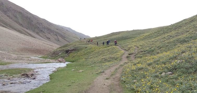 Chandertaal To Surajtaal Trek
