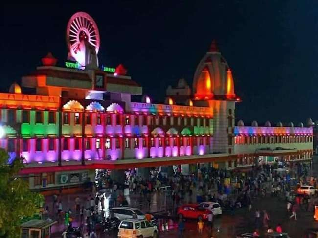 2 Nights / 3 Days Varanasi Package
