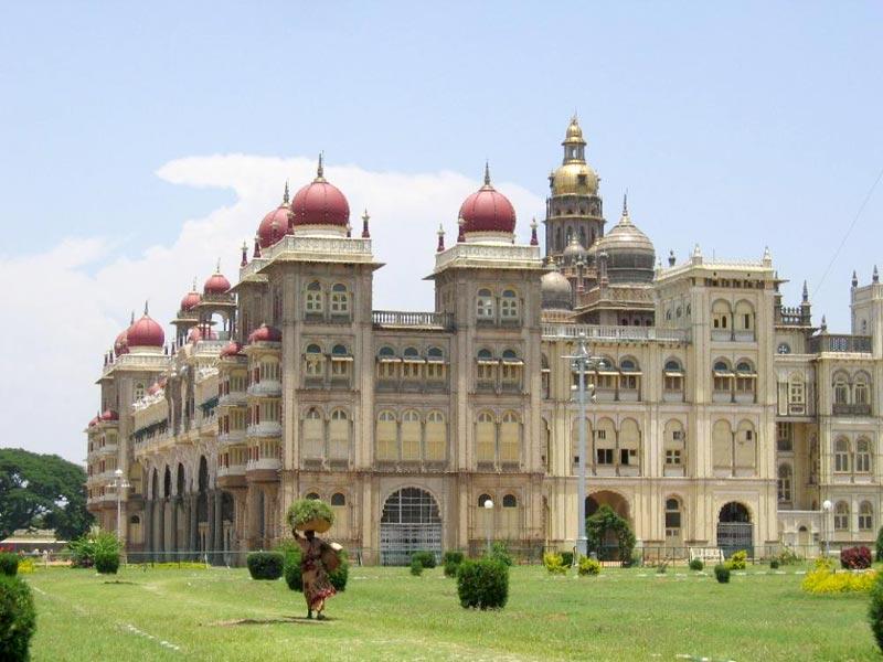 Bangalore , Mysore With Ooty Tour