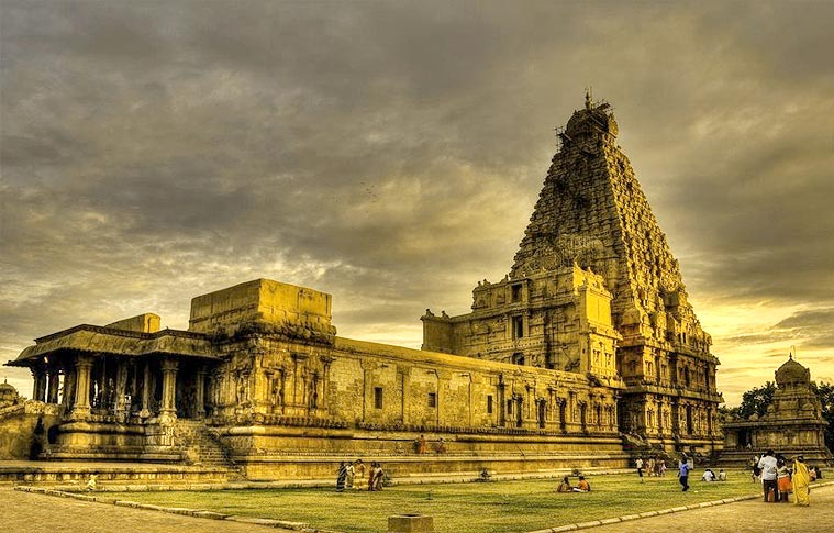 Arupadai Veedu Devotional Tour Package In South India