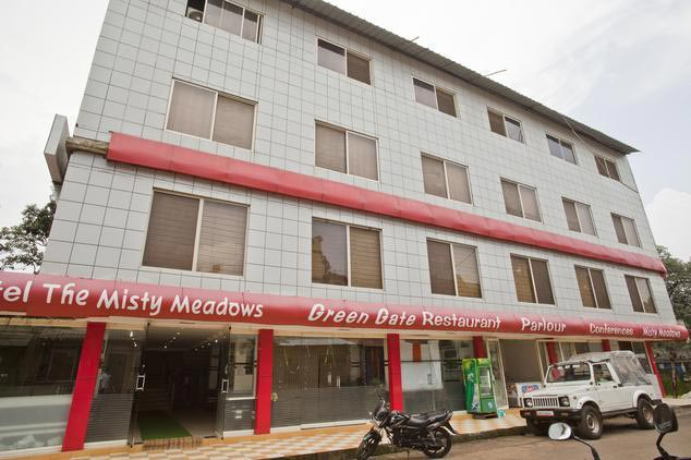 Hotel in Panchmarhi
