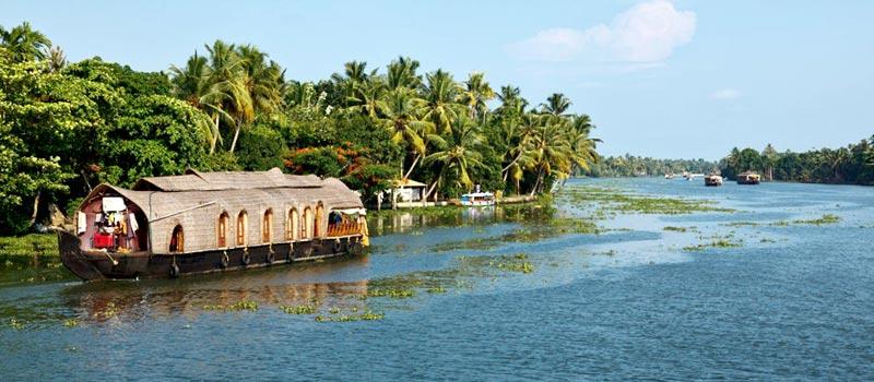 Enticing Kerala Tour