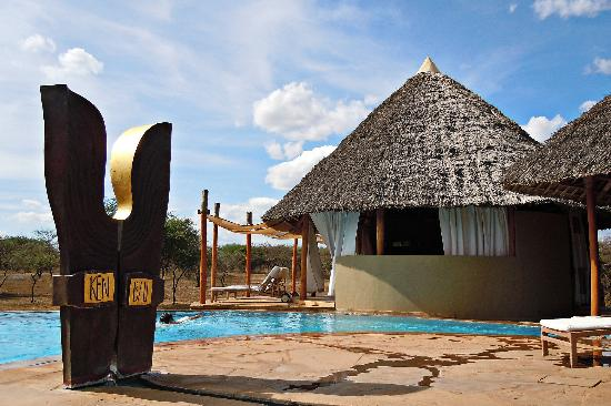 3 Days Tsavo West National Park Package