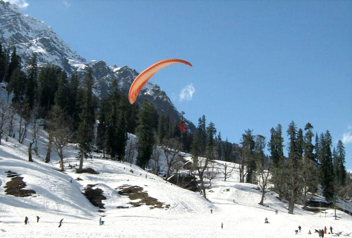 Volvo Manali Honeymoon Tour 6 Day