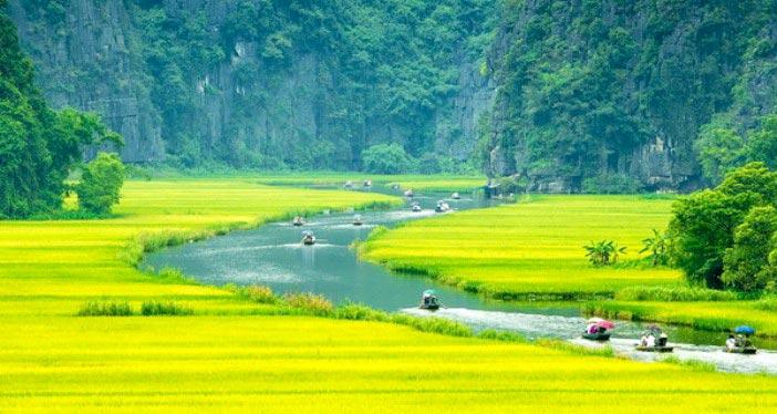 Trang An – Hoa Lu Day Trip