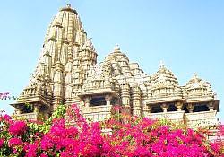 Madhya Pradesh Tour With (Agra - Gwalior - Jhansi - Orchha - Khajuraho)