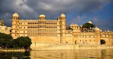 Ahmadabad - Somnath - Udaipur Tour