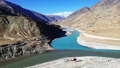 Ladakh Moonland Escape Tour