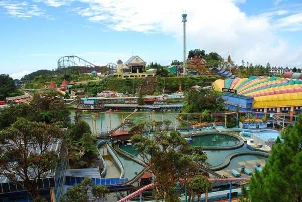 Singapore & Malaysia Tour Rs.36000 - Jolly Holidays