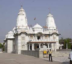 Gorakhpur - Lucknow Tour Package