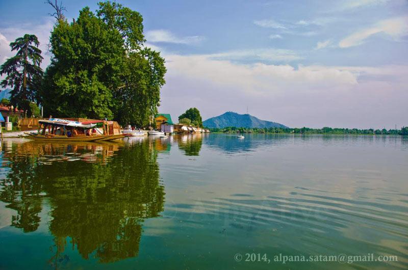 Houseboat In Srinagar, Nagin Lake