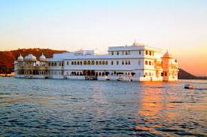 Jaipur - Udaipur And Pushkar Tour Package