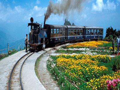 Adoring North East Honeymoon Tour In Queen Of Hills Darjeeling