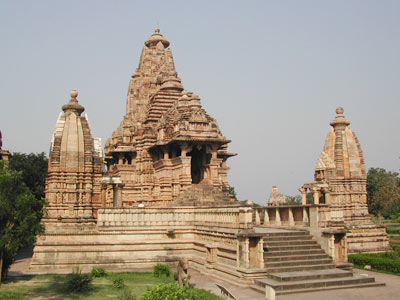 Wonderful Khajuraho Experience With Flora & Fauna Of Bandhavgarh Tour