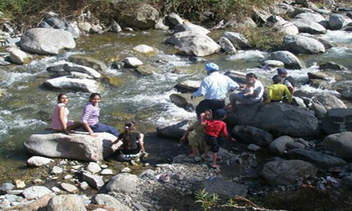 Best Budget Tour Package Of Unexplored Rajgarh Valley Himachal With Friends