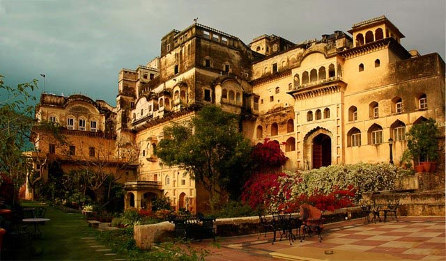 Neemrana Tour With Bluesky