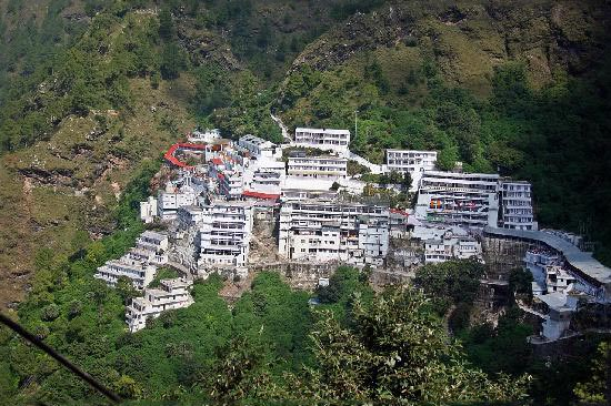 Explore Kashmir With Vaishnodevi Package