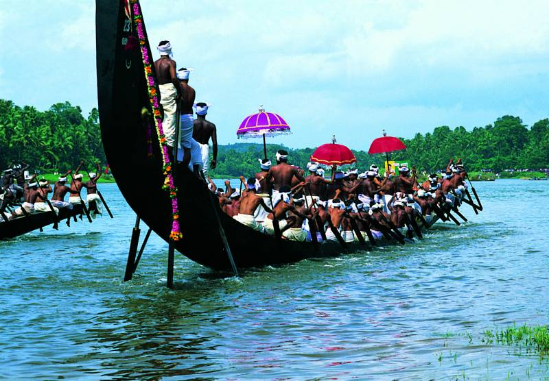 South India Tour Kerala Packages Pickup From Chennai & Trichy
