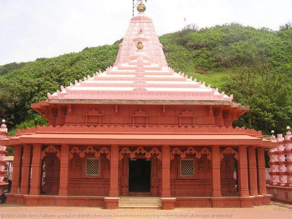 Beautiful Ganpatipule: Beaches To Temple Tour
