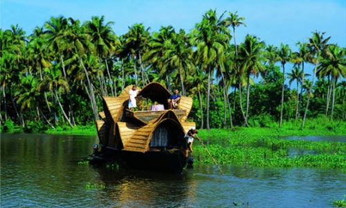 Kerala Hilly Back Water & Beaches Tour