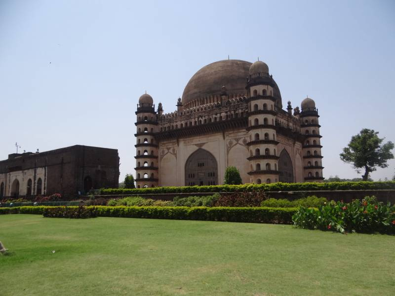 Classical Deccan Tour