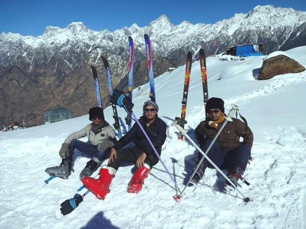 Snow Skiing At Auli Tour