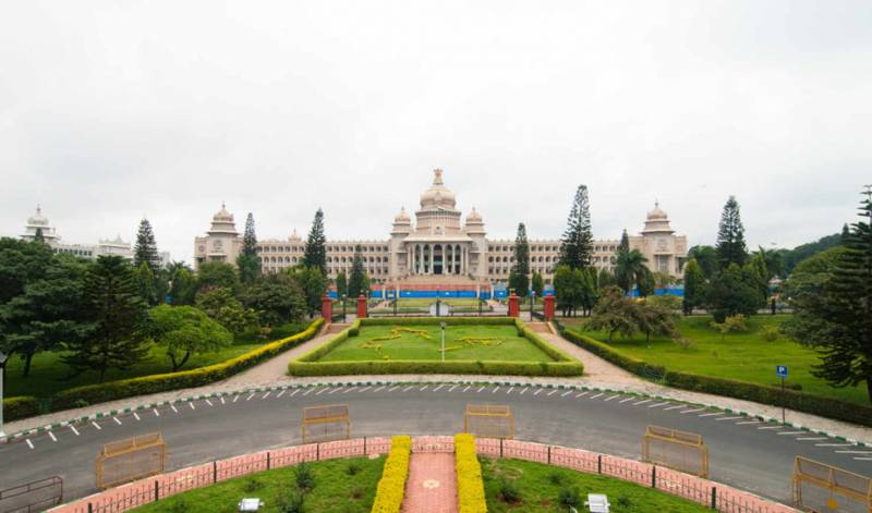 Hills Of South India Fly-N-Stay Tour