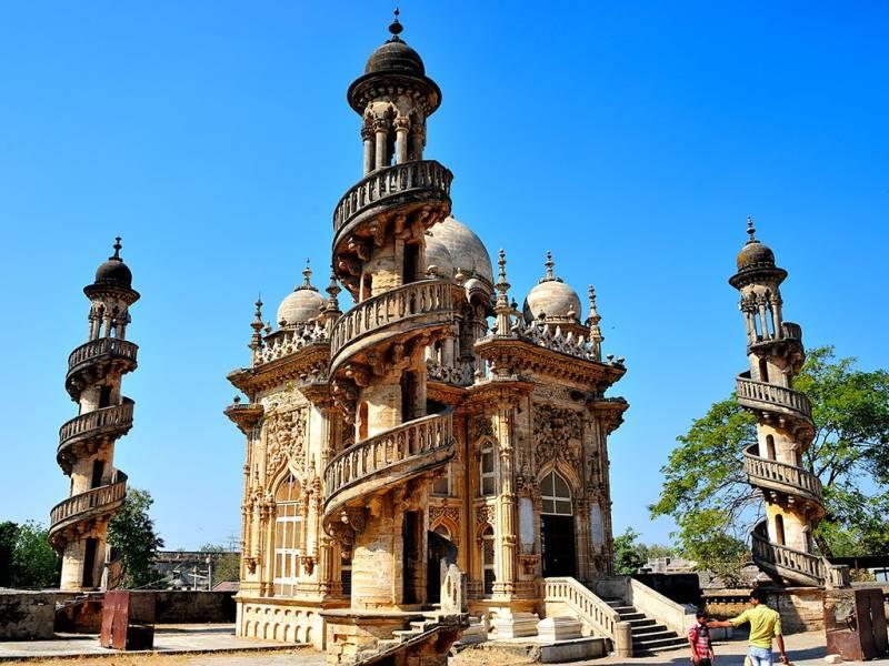 Royal Palace Of Gujarat Tour