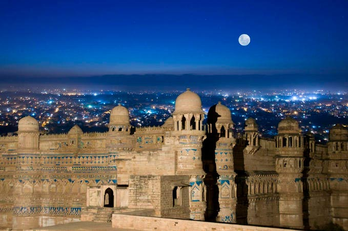 North India (23 Days And 22 Nights) Tour