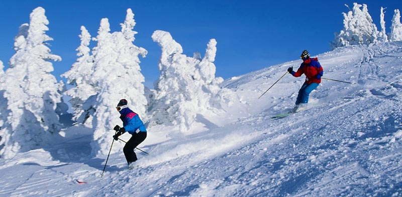 Skiing  in Kullu Manali tour packages for couples