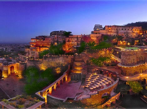 Golden Triangle R With Neemrana Tour