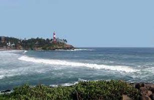 Kerala Beach & Monuments Tour Package)
