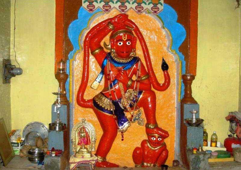 11 Maruti With Sajjangad & Mahalaxmi, Audumber,Narsobachi Wadi, Gondavle Tour